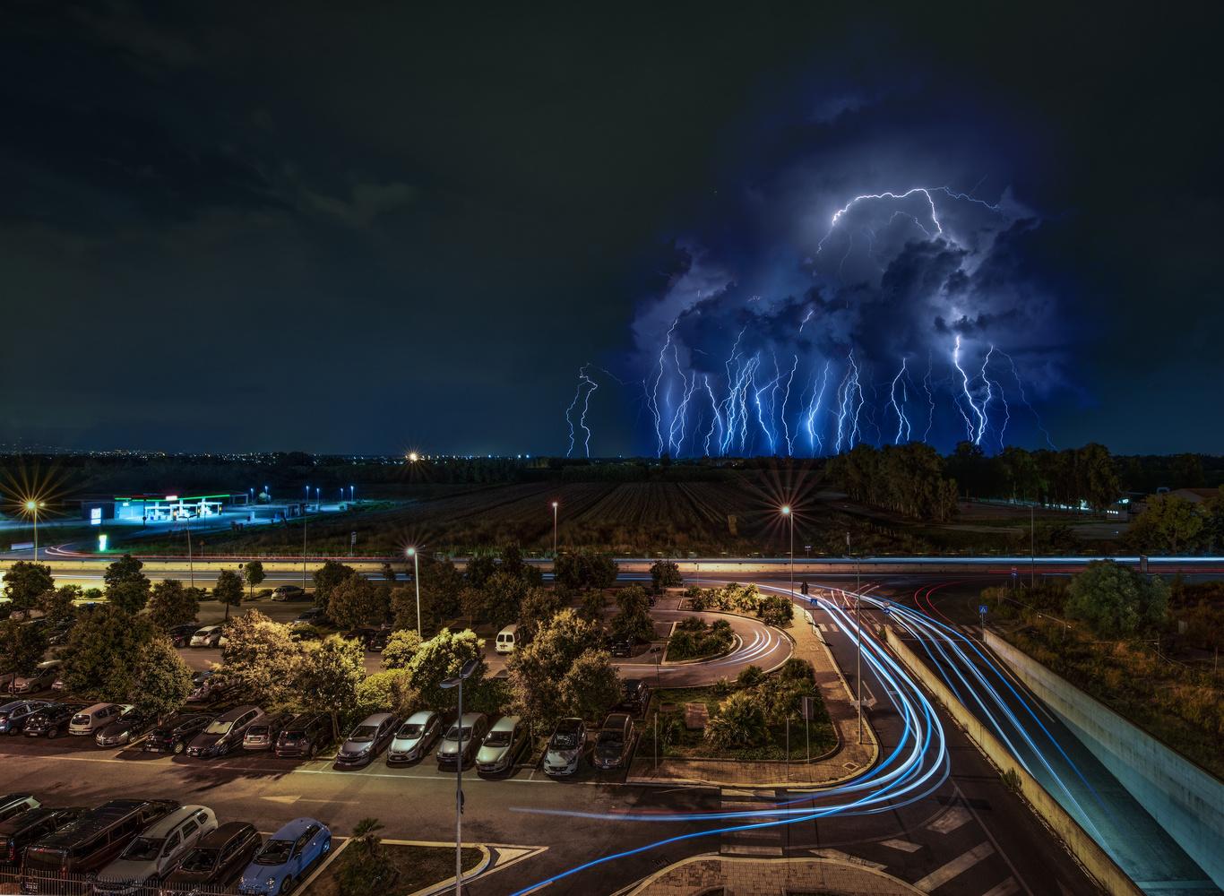 Thunder storm at Fiumicino by Fabio De Leonardis