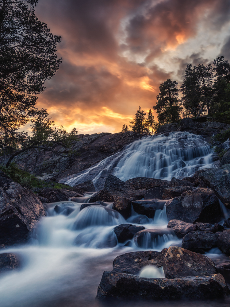 Waterfall and sunset by Bjørn - Audun Myhre