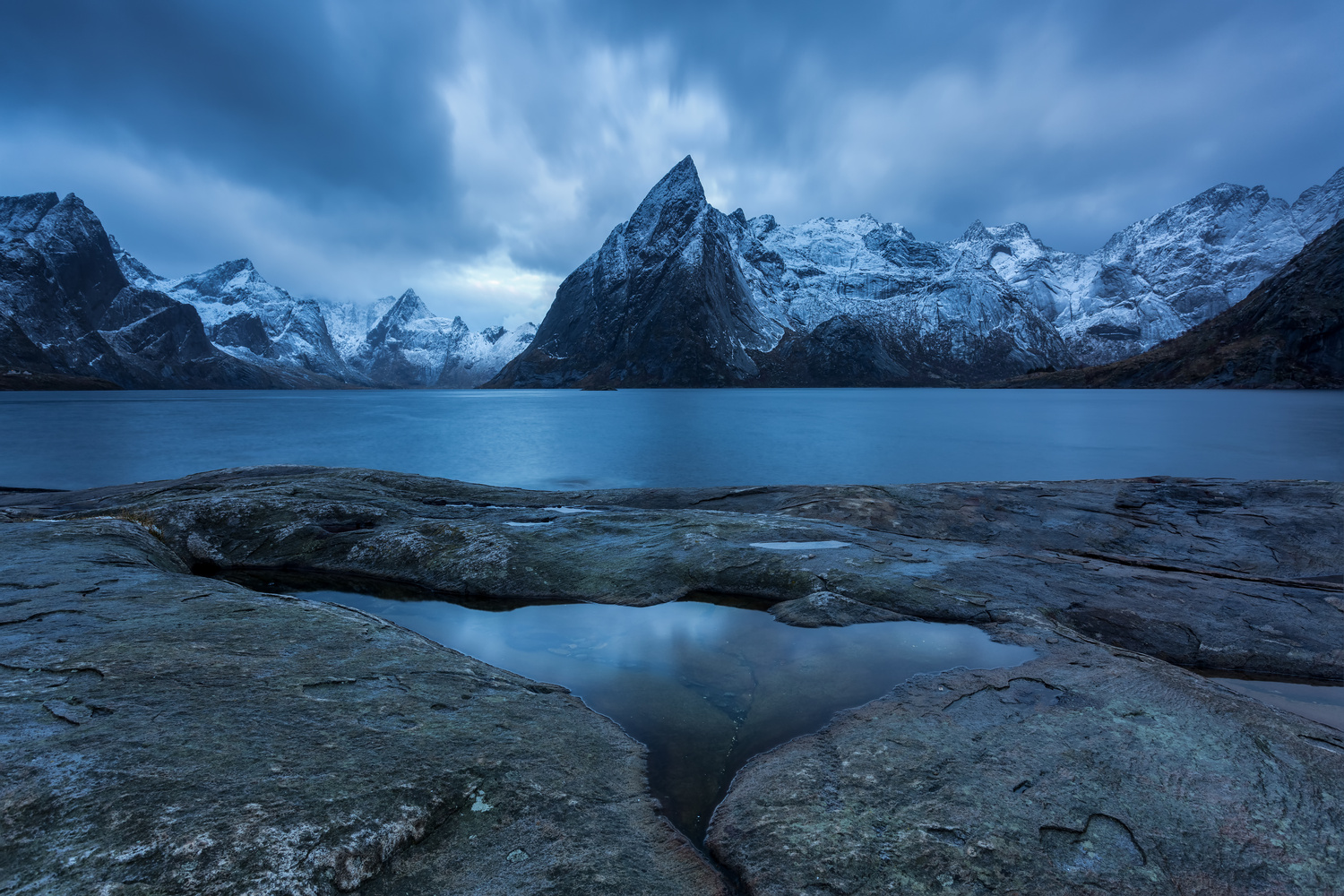 Lofoten Blues by Rickard Eriksson