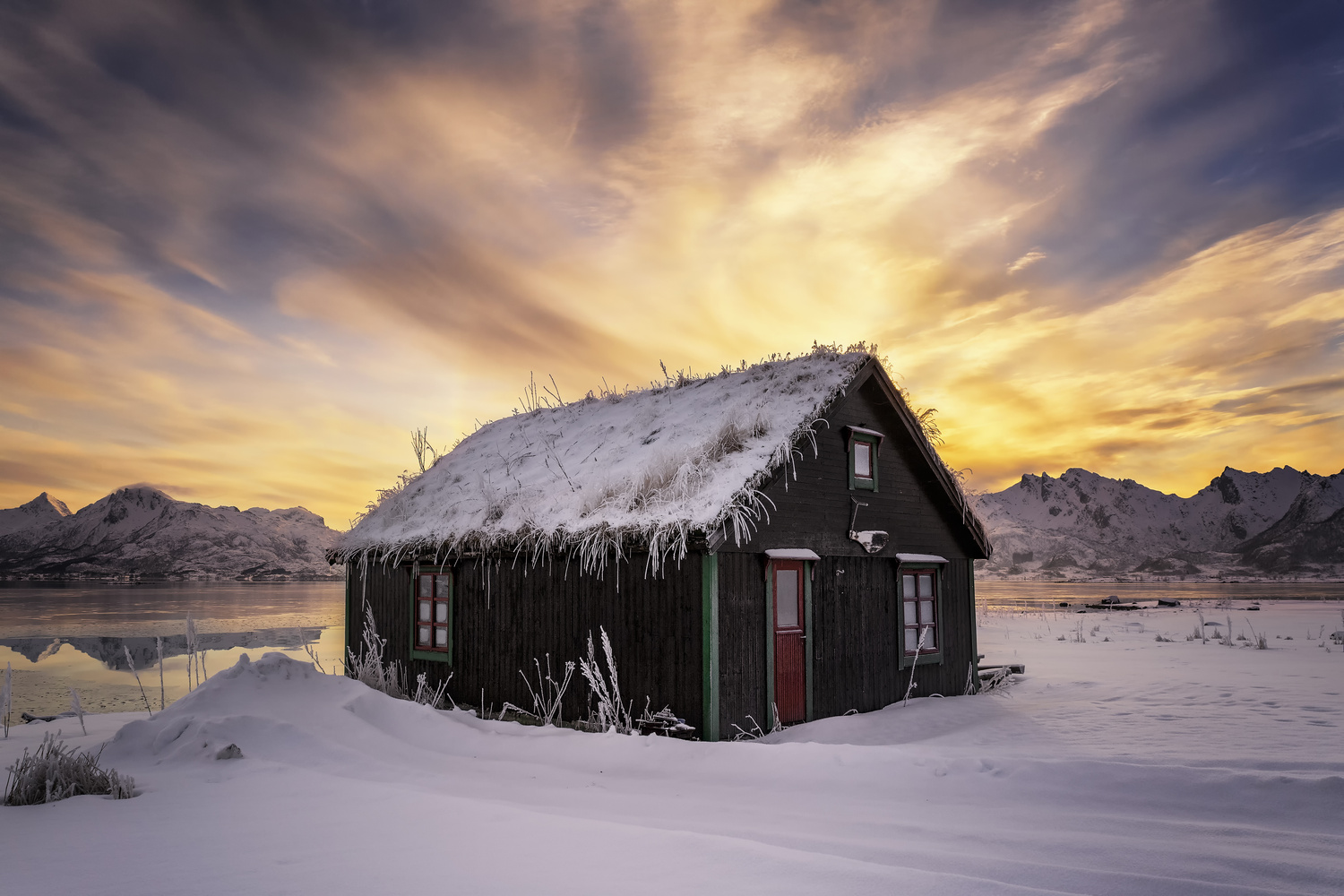 The Cabin by Rickard Eriksson