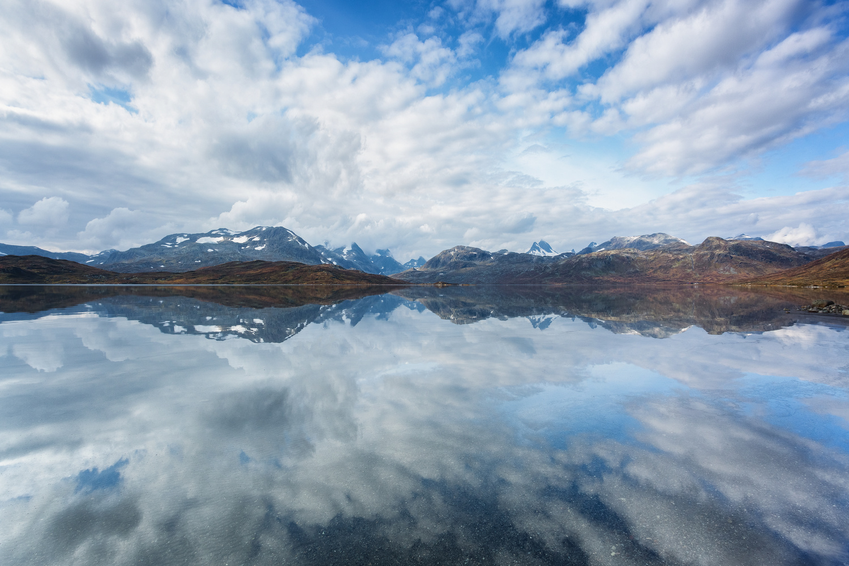 Tyin by Rickard Eriksson