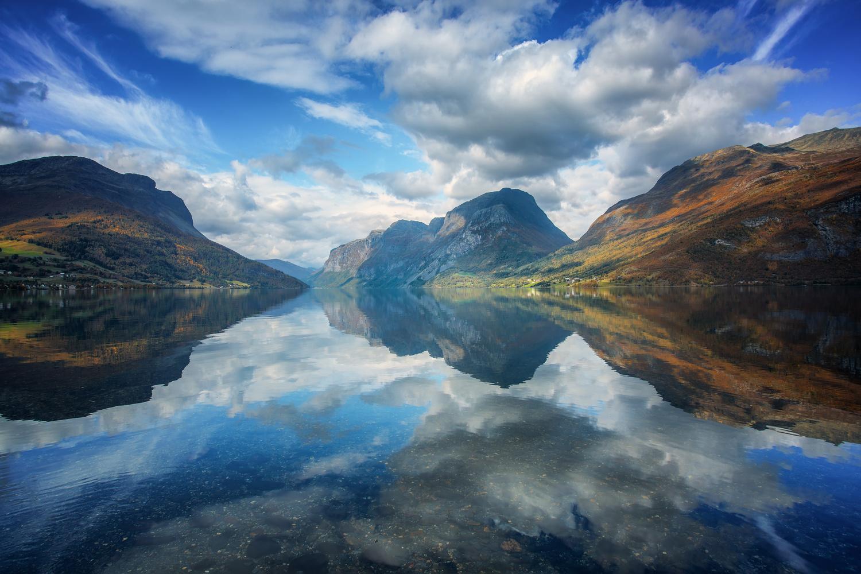Reflection by Rickard Eriksson
