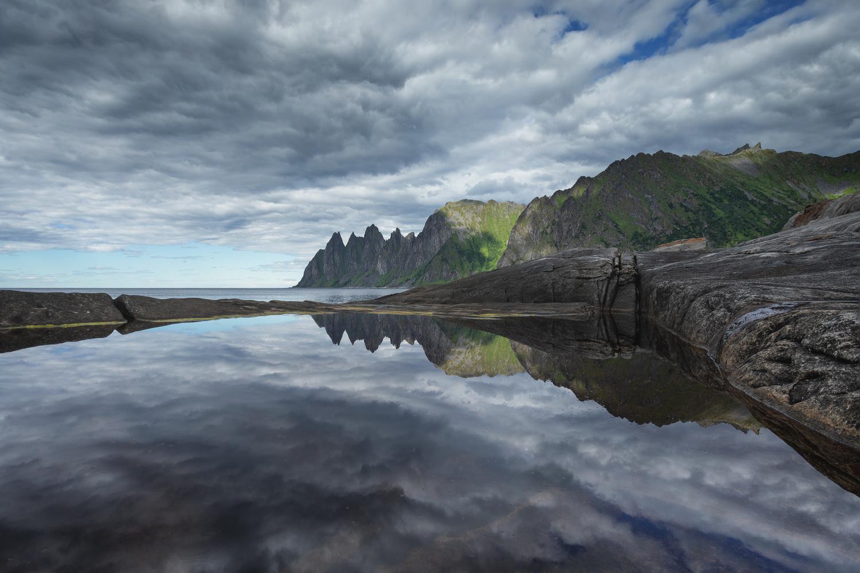 Tungeneset by Rickard Eriksson