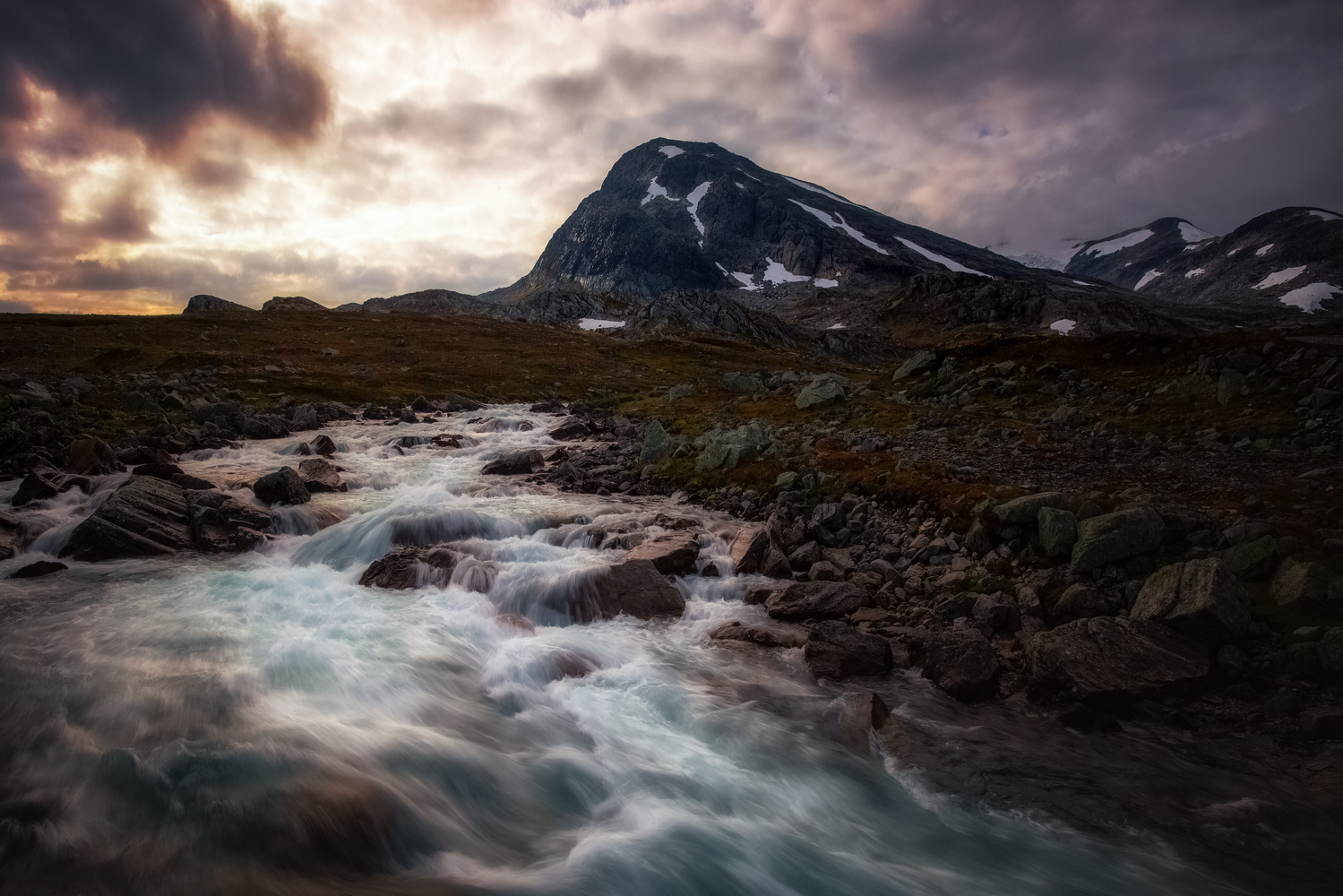 Jotunheimen by Rickard Eriksson