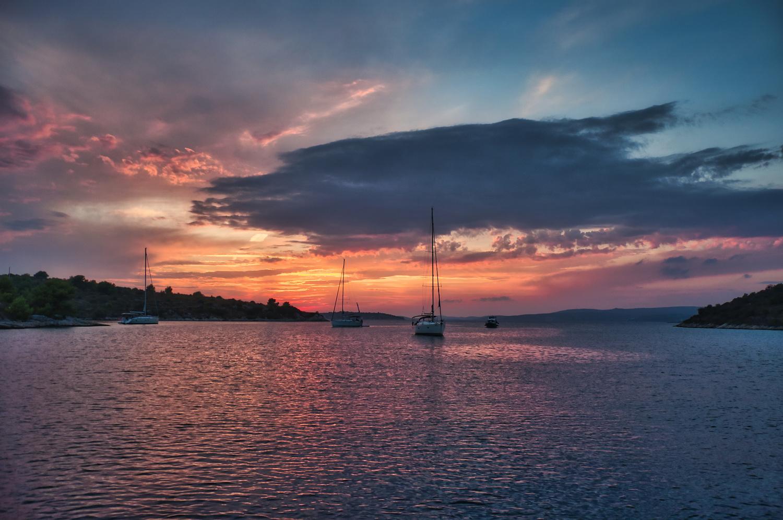 Croatian sunset by Ondřej Pollak