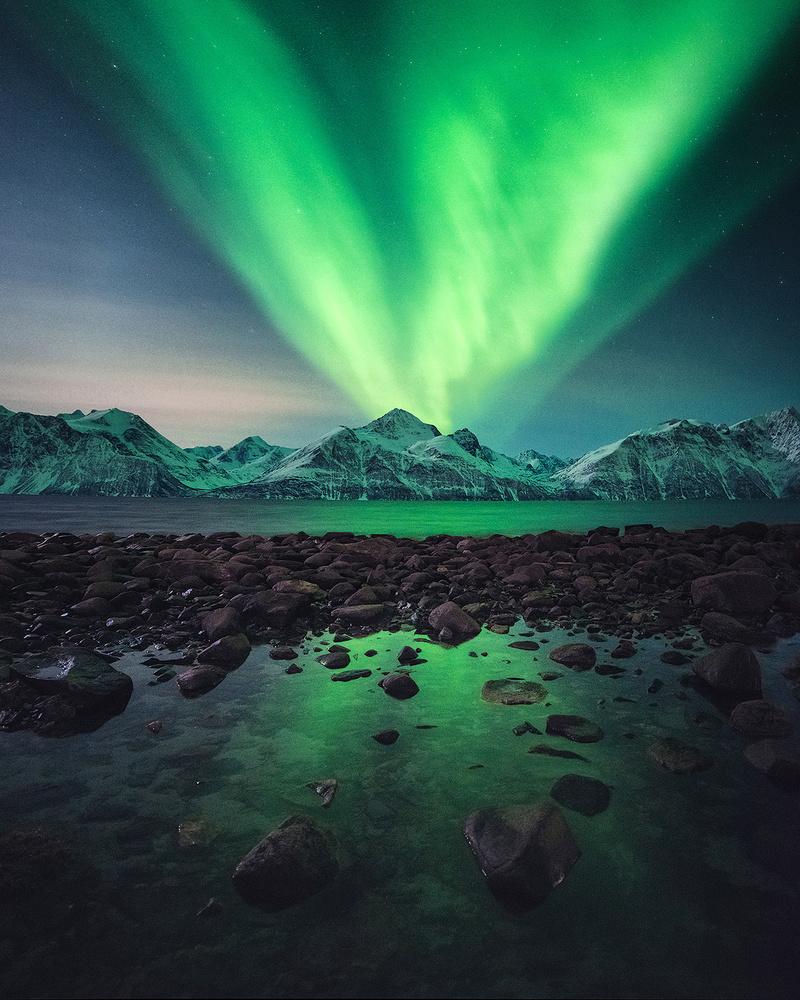 Aurora Eruption by Tor-Ivar Næss