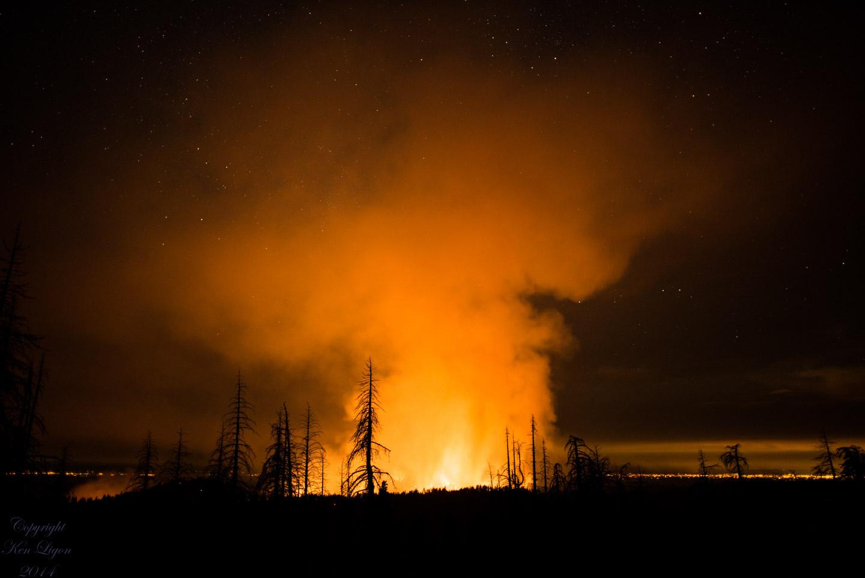El Poral Fire by Ken Ligon