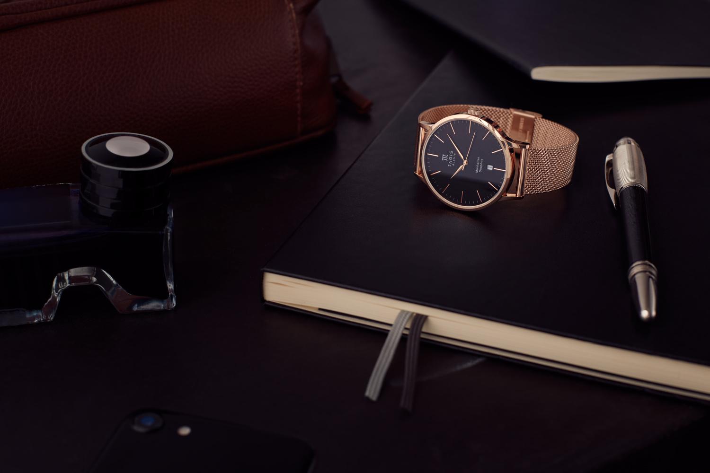 Productshot of a Watch in a Business Theme by Matthias Schmitt