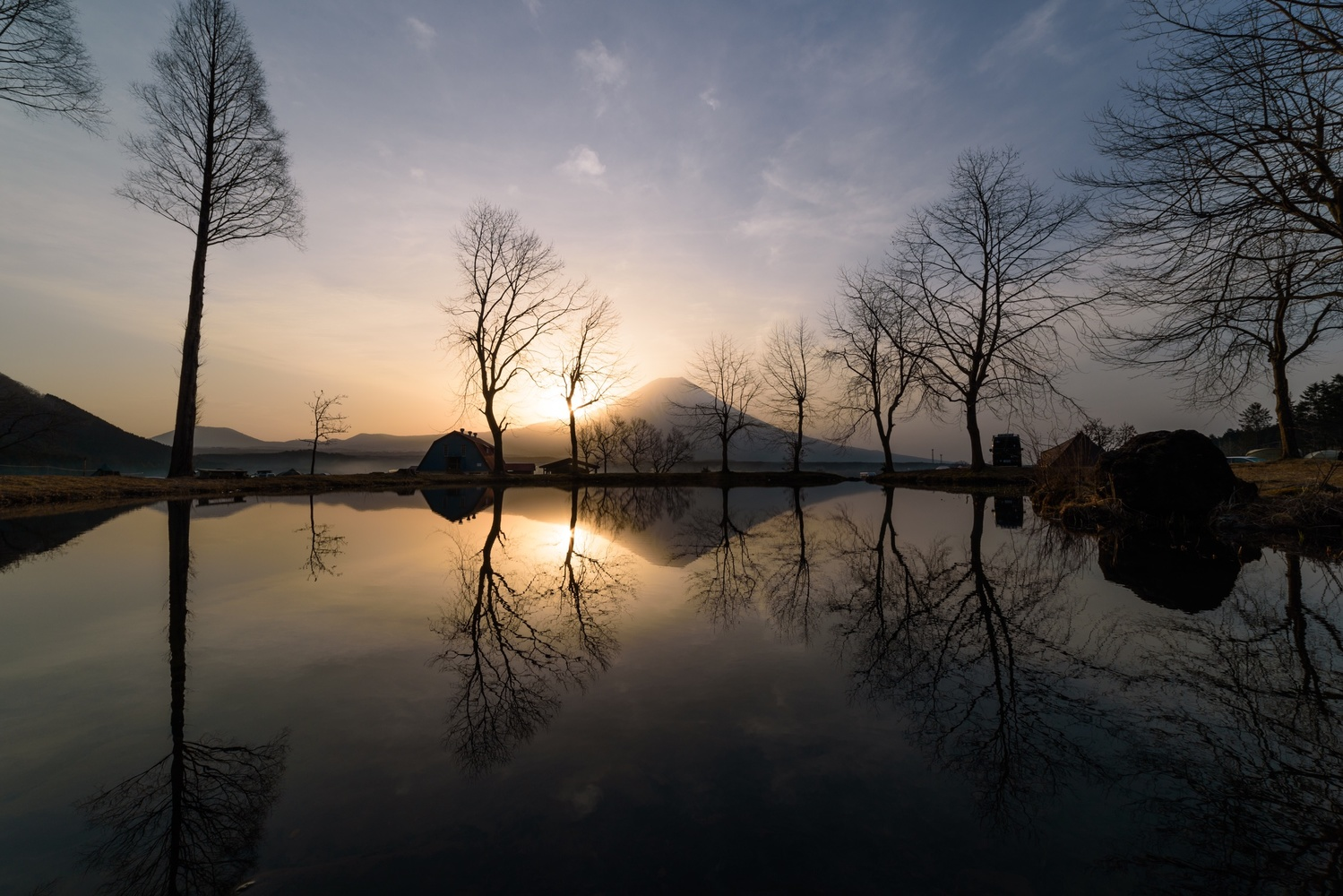 Shinning morning by Masataka Inada