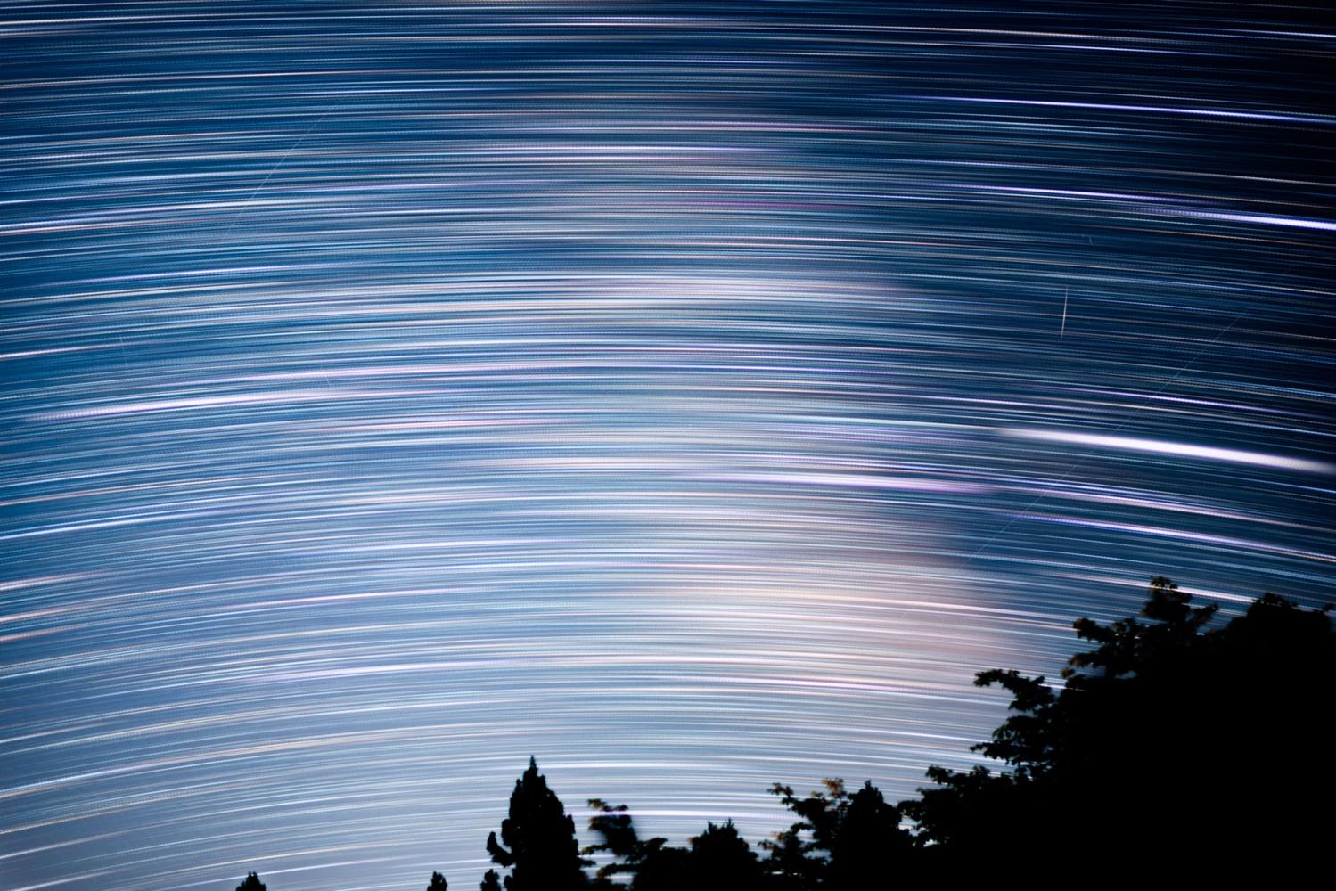 Star trail by Masataka Inada