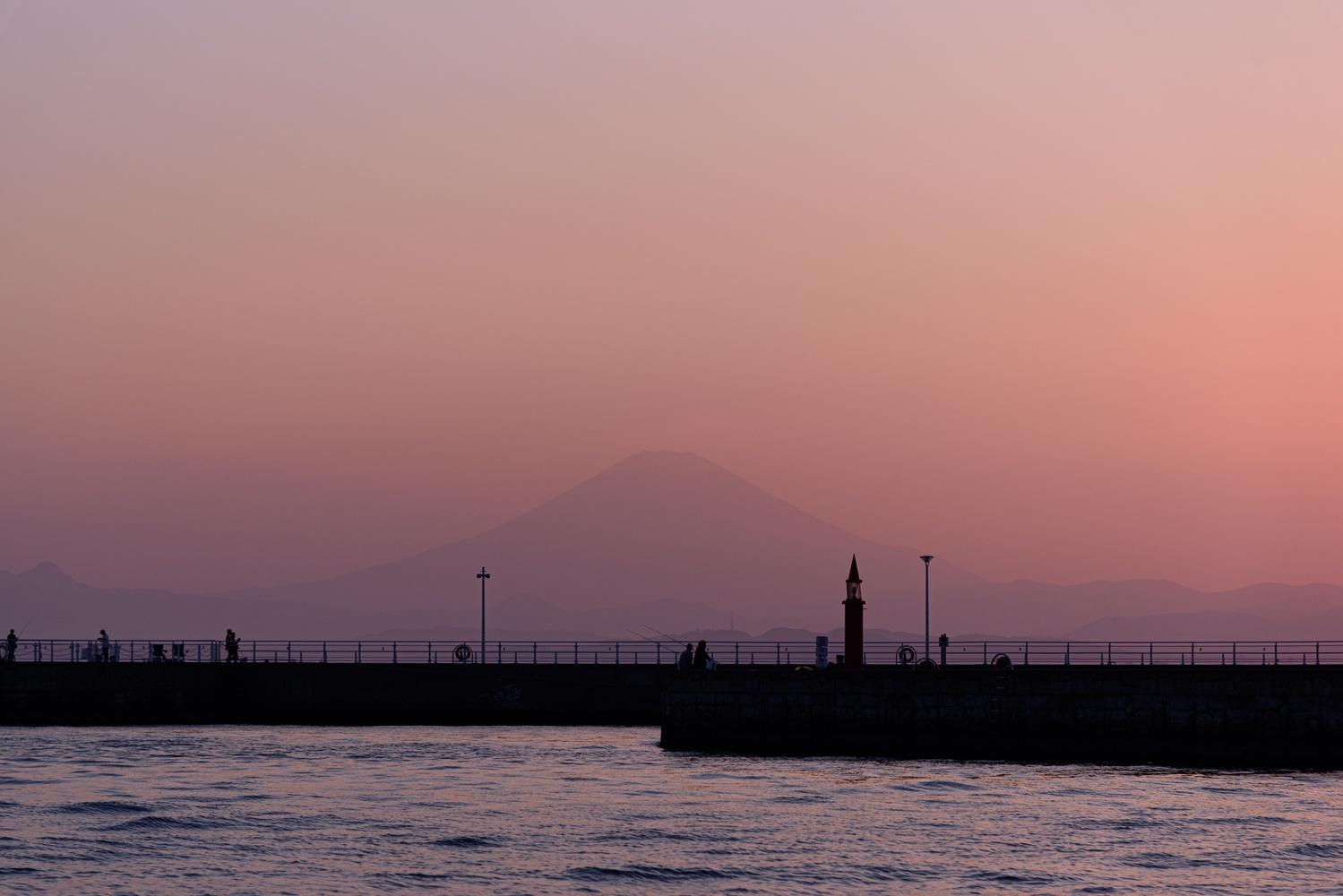 Mirrage of Mt.Fuji by Masataka Inada
