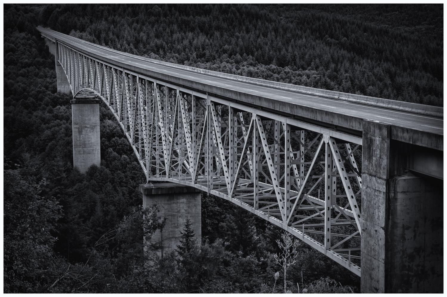 Hoffstadt Creek Bridge by Zach Deets