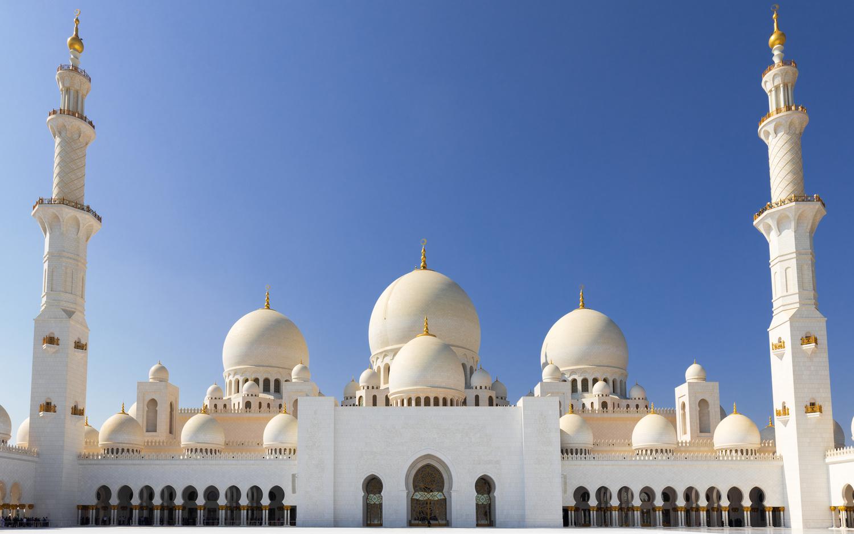 Sheikh Zayed Grand Mosque by Sergey Kosarevsky