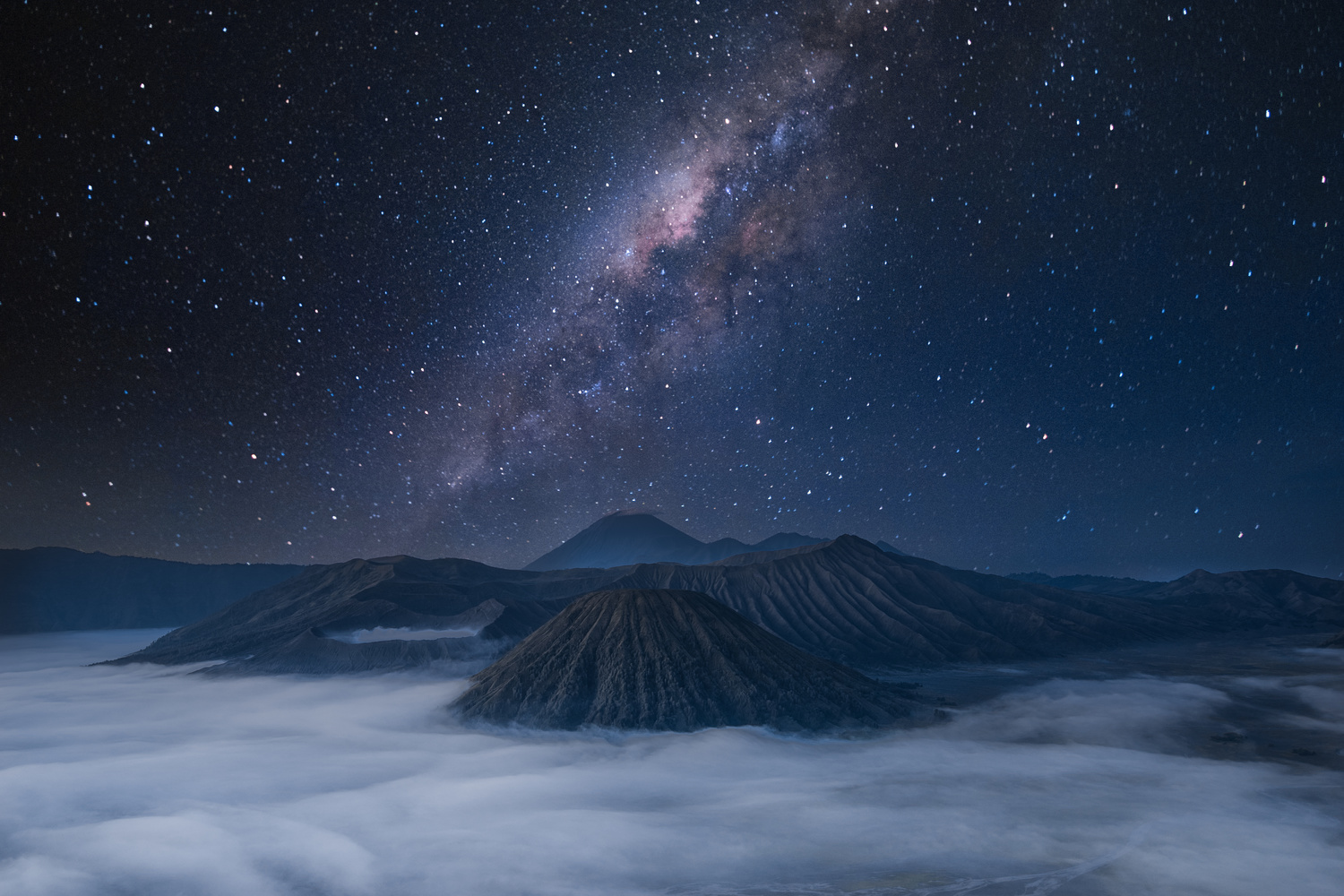 Mount Bromo by Thijs Peters