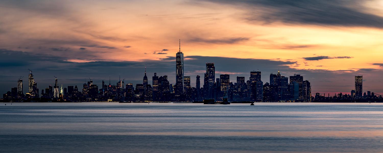 NYC - Sunrise by Roland Zachau
