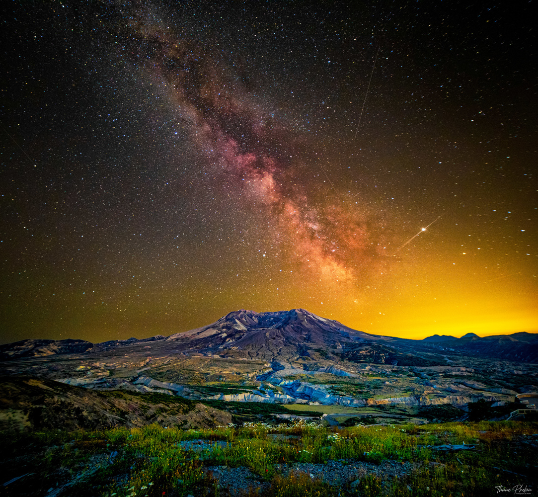 St. Helens Milkyway by Thane Phelan