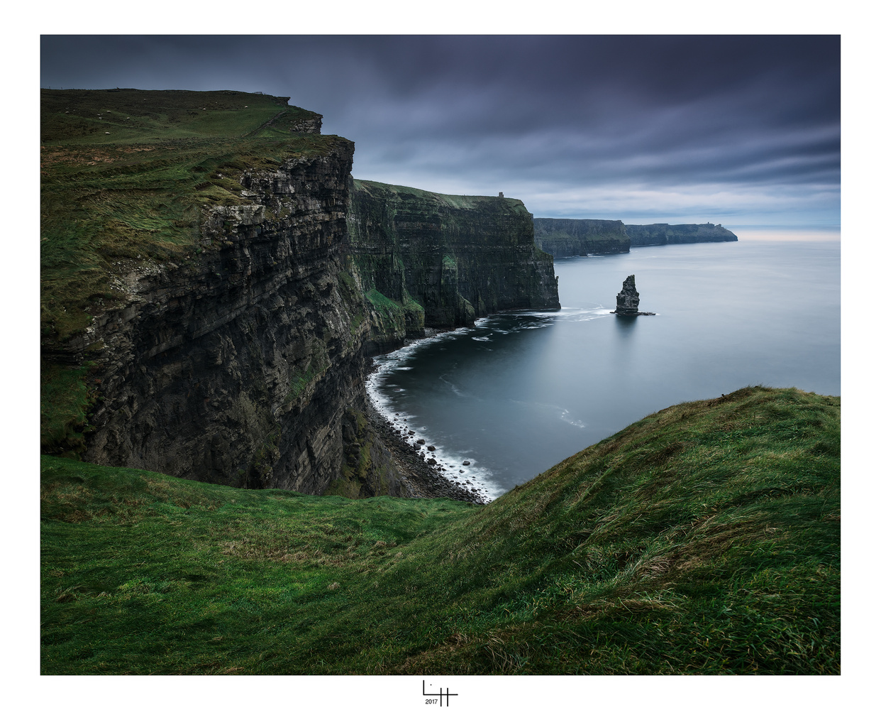 Cliffs of Moher by Lionel HUG