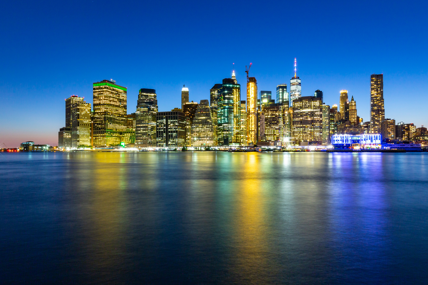 Manhattan - View from Brooklyn park by Giuseppe Cammino