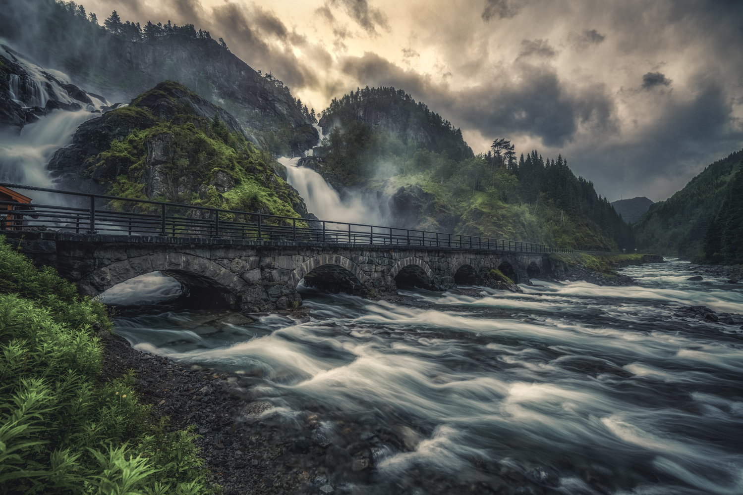 I love this waterfall😊 by Hans Strand