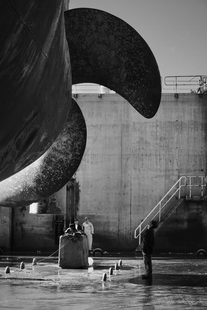 Propeller inspection by Pedro Calado