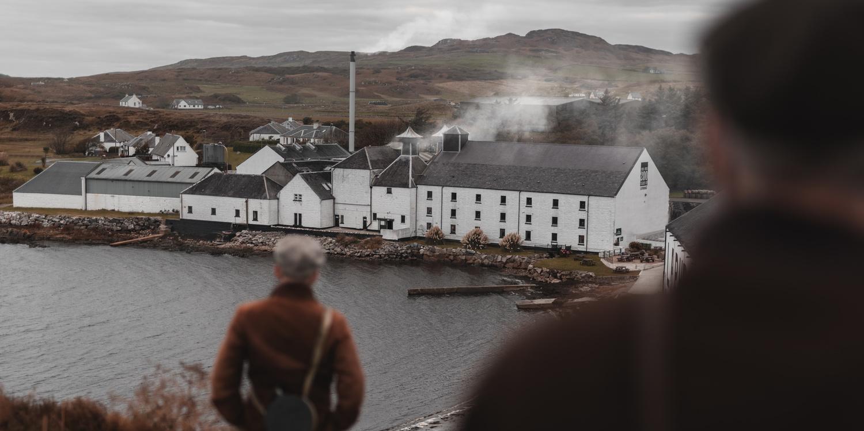 Scotch whisky - distillation by Marek Dvorak