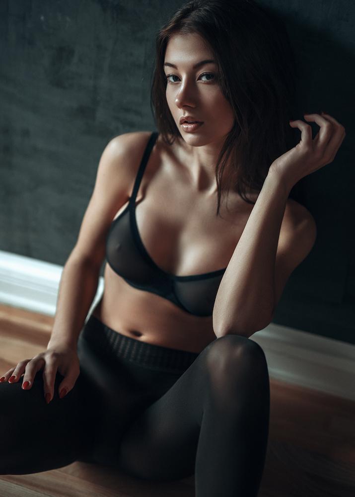 Sophie D by Flash n Models