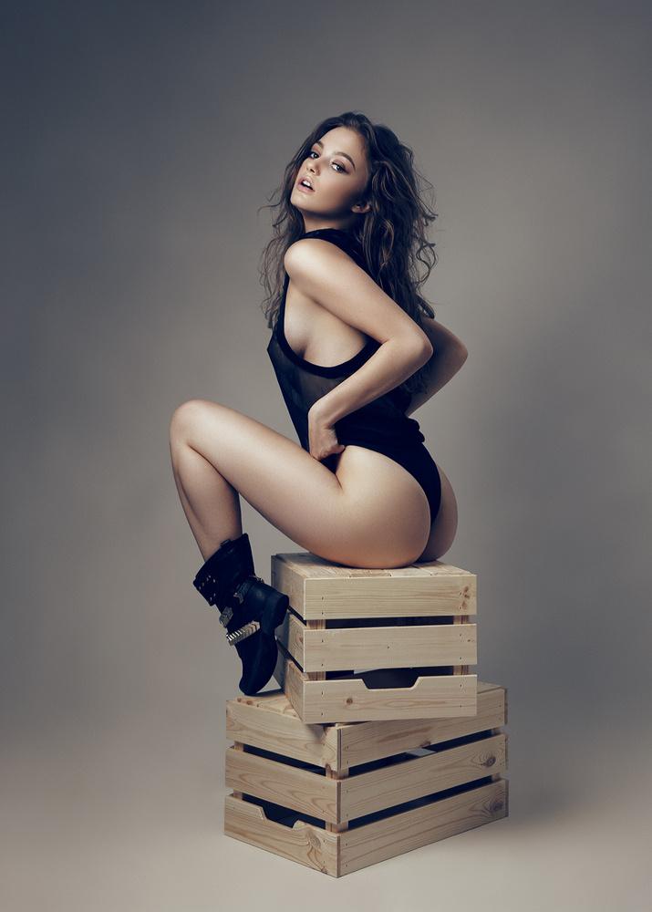 Daniella by Flash n Models