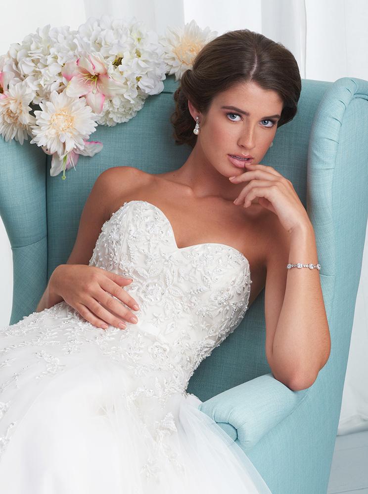 Bridal Beauty by Dan Howell