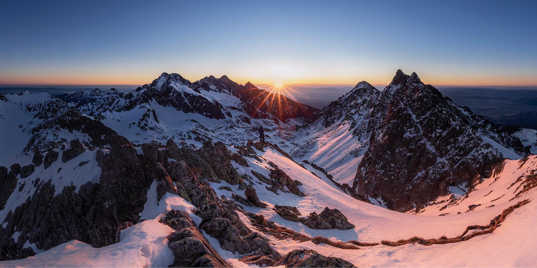 Peaks at sunrise by Štefan Condík