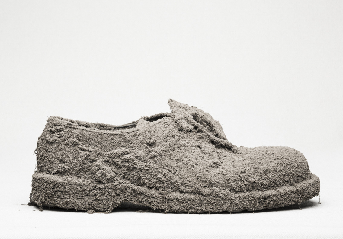 Forgotten Beloved One- shoe 1 by romain VERNEDE