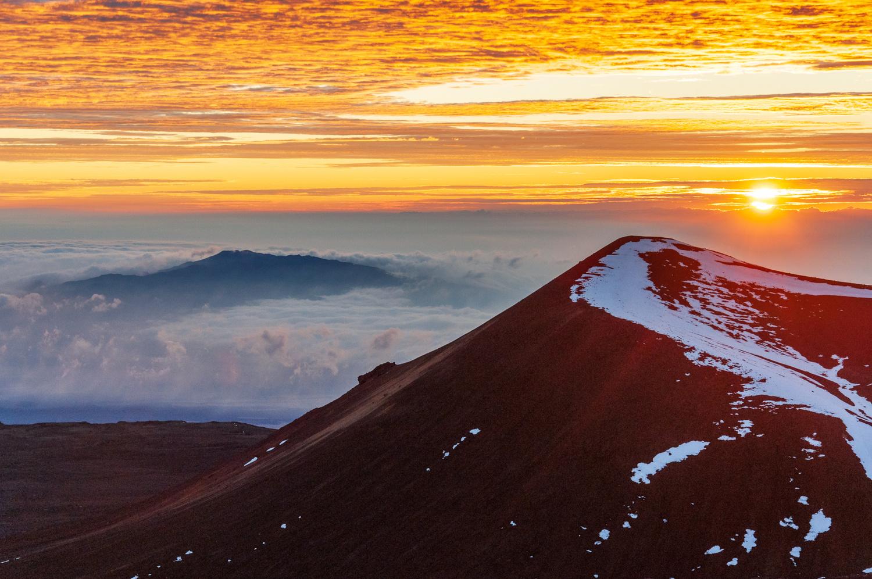 Top of Hawaii by Roger Moffatt