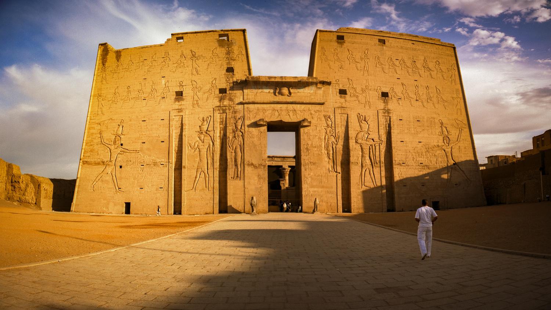 Temple of Horus by Roger Moffatt
