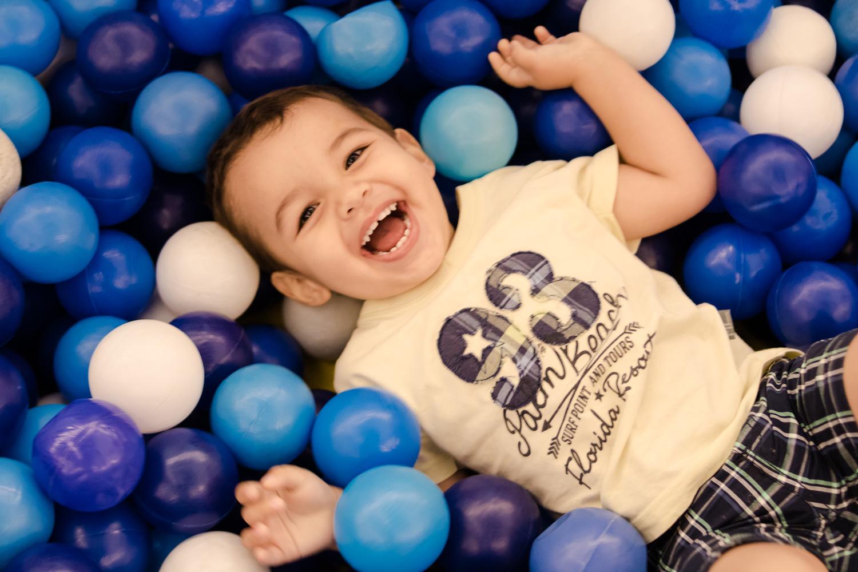 Blue Balls by Ewerton Moura