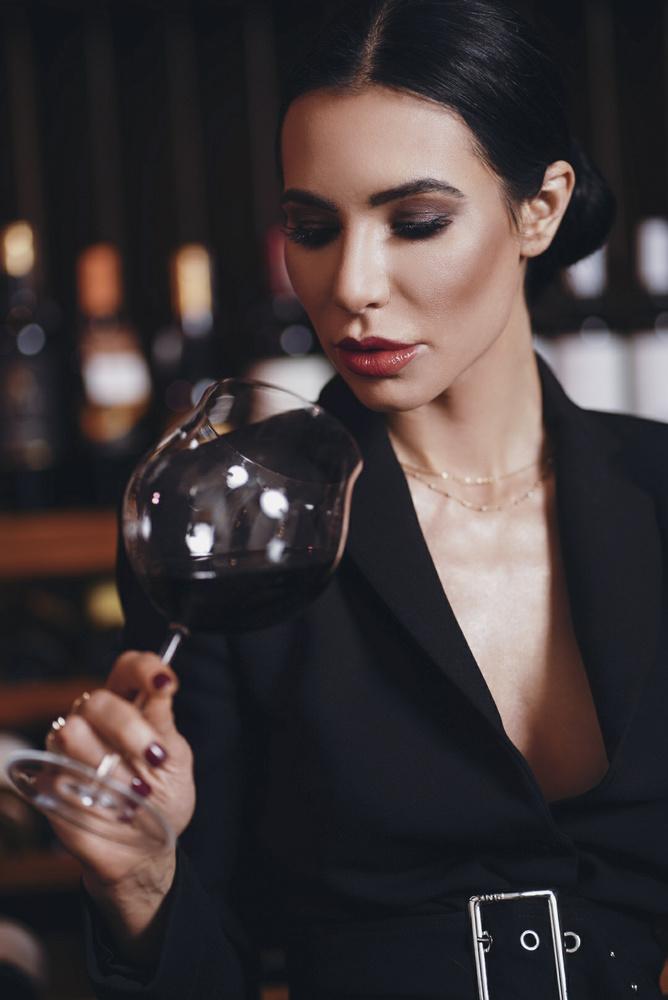 Red wine by Slawek Sek