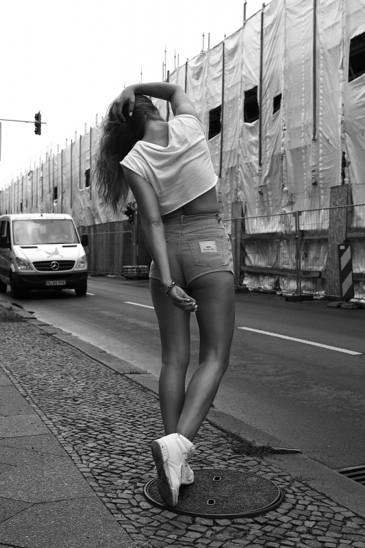 Annika by Simon Cornils