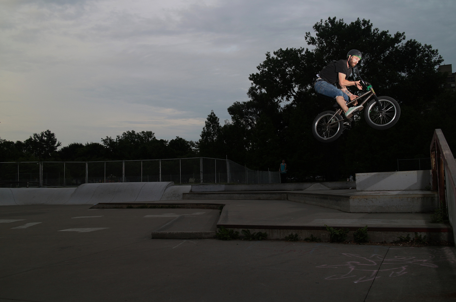 Kc Cook 180 barspin by Tom Beckman