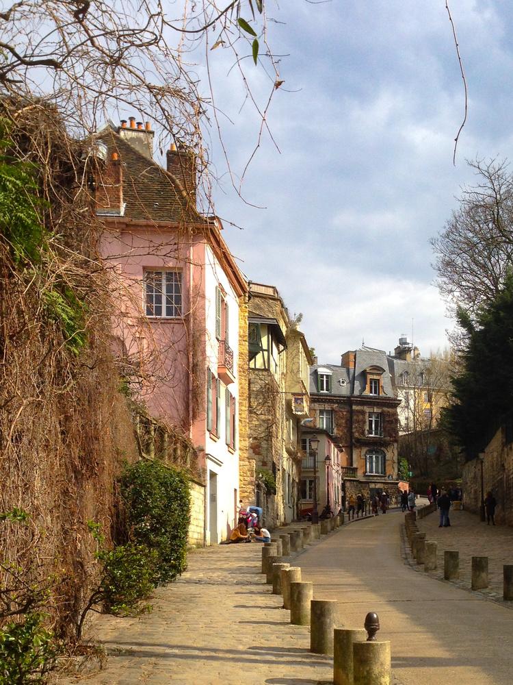 Montmartre street by Melanie Knight
