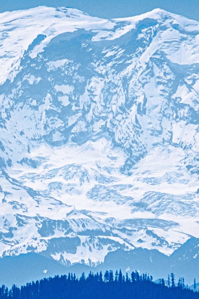 Mount Rainier by Matthew Edoimioya