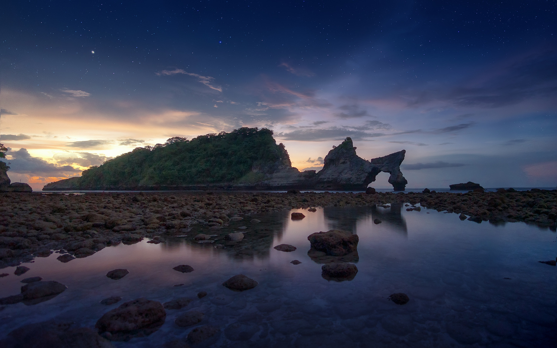 A faraway beach by jabi sanz