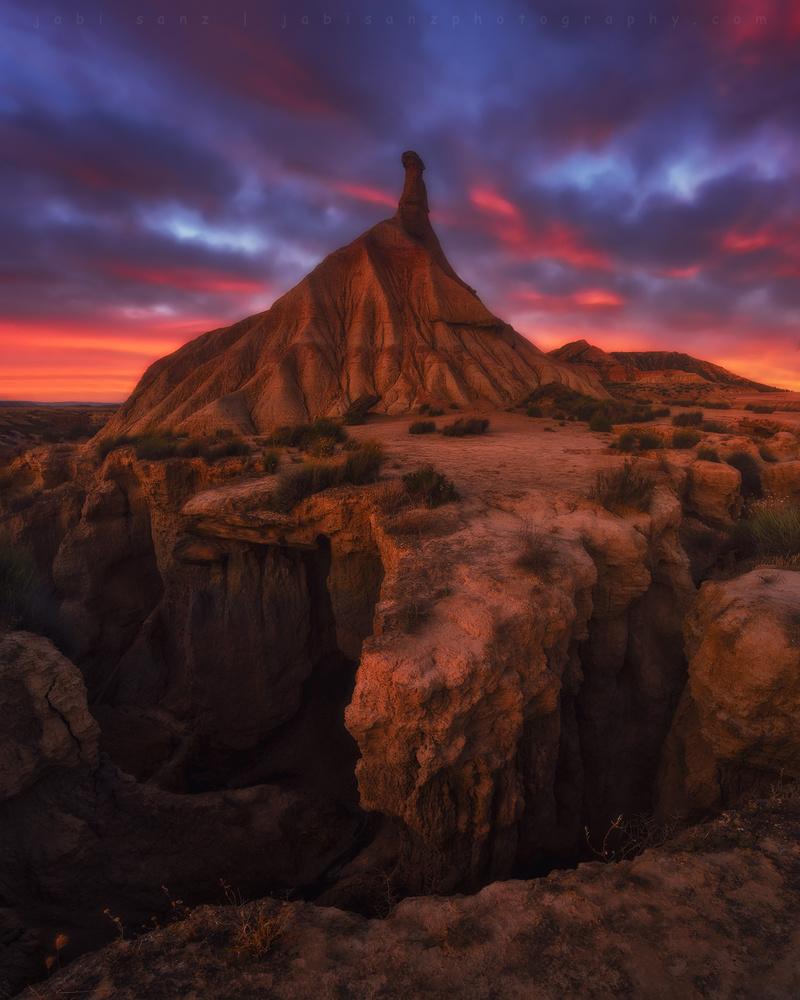 Earth castle by jabi sanz