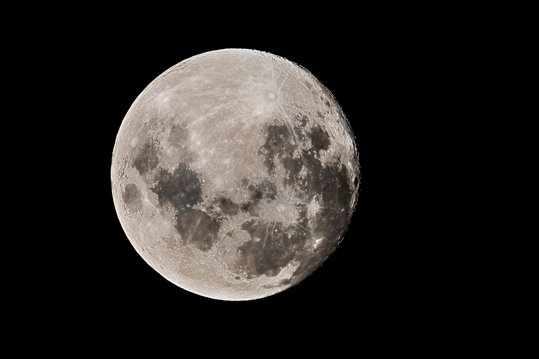 Moon by Rodrigo Valdez