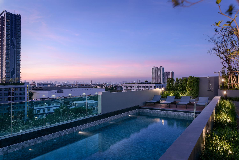 B Loft Lite Sukhumvit 115 Rooftop Swimming Pool by Adisorn Ruangsiridecha