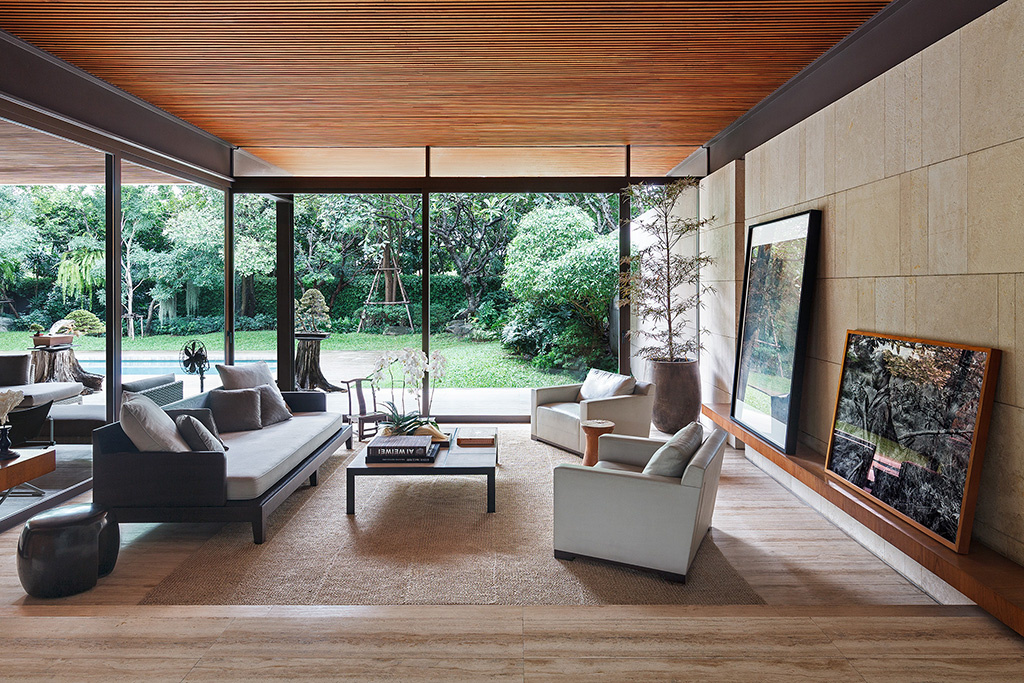 PRIVATE RESIDENCE DESIGNED BY MPD STUDIO. by Adisorn Ruangsiridecha
