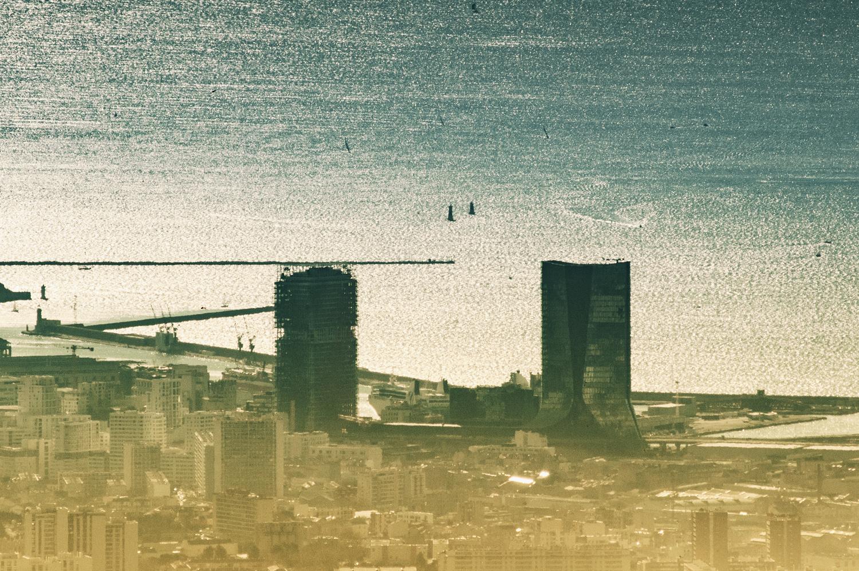 Roasted skyline by James AUDRY SPENCER