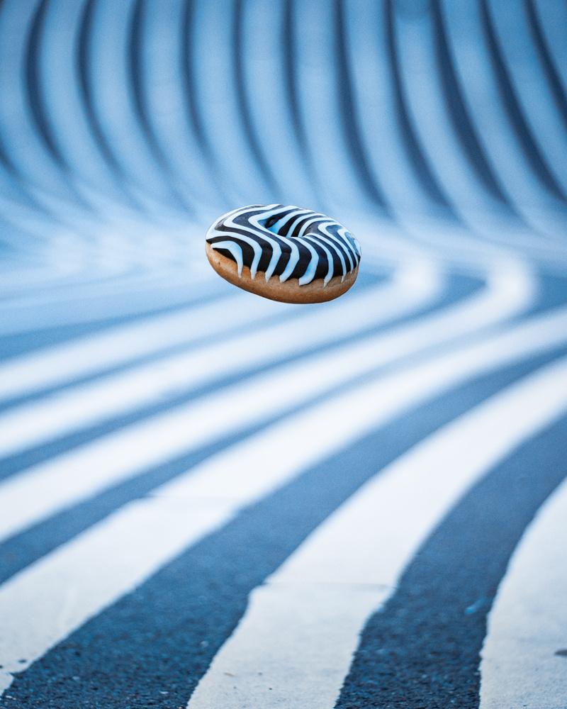 Flying donut by Kristian Lildholdt Hansen