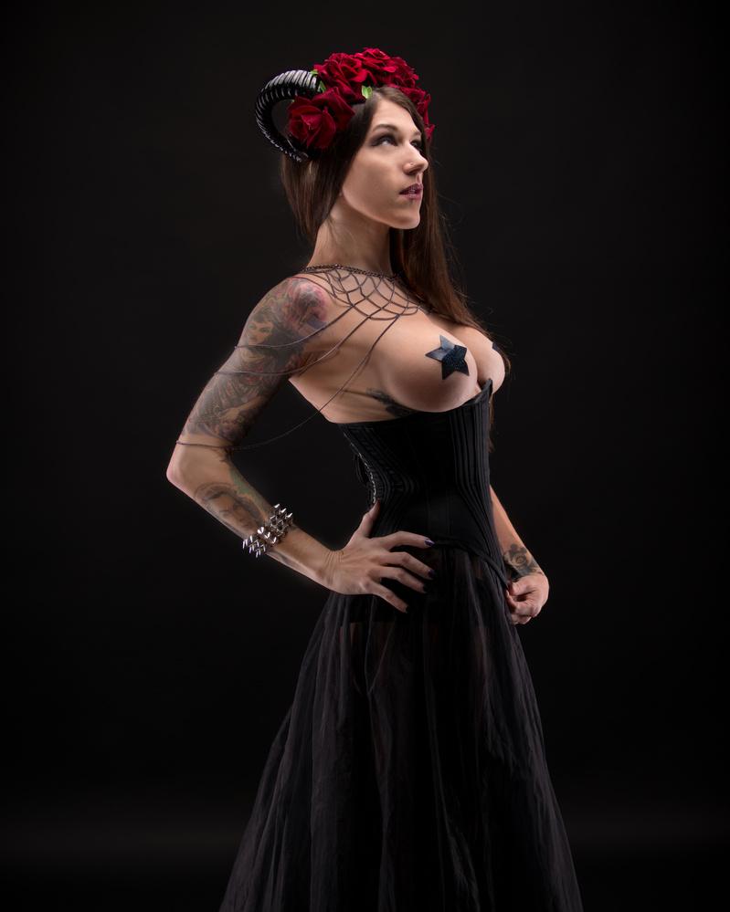 Gothic Flowery Horn Girl by Silvio Richetto