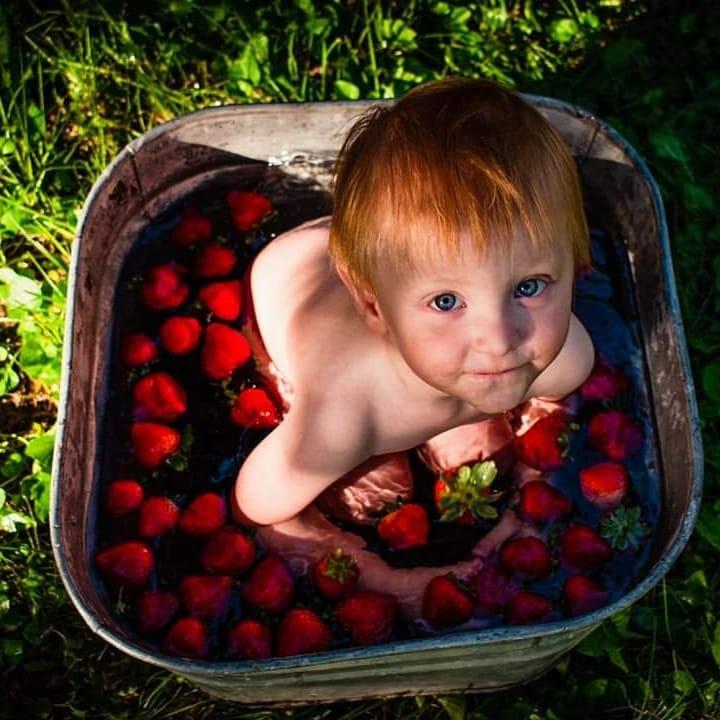 Strawberry Up by Kayla Logeot
