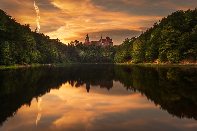 Czocha Castle by RYSZARD LOMNICKI