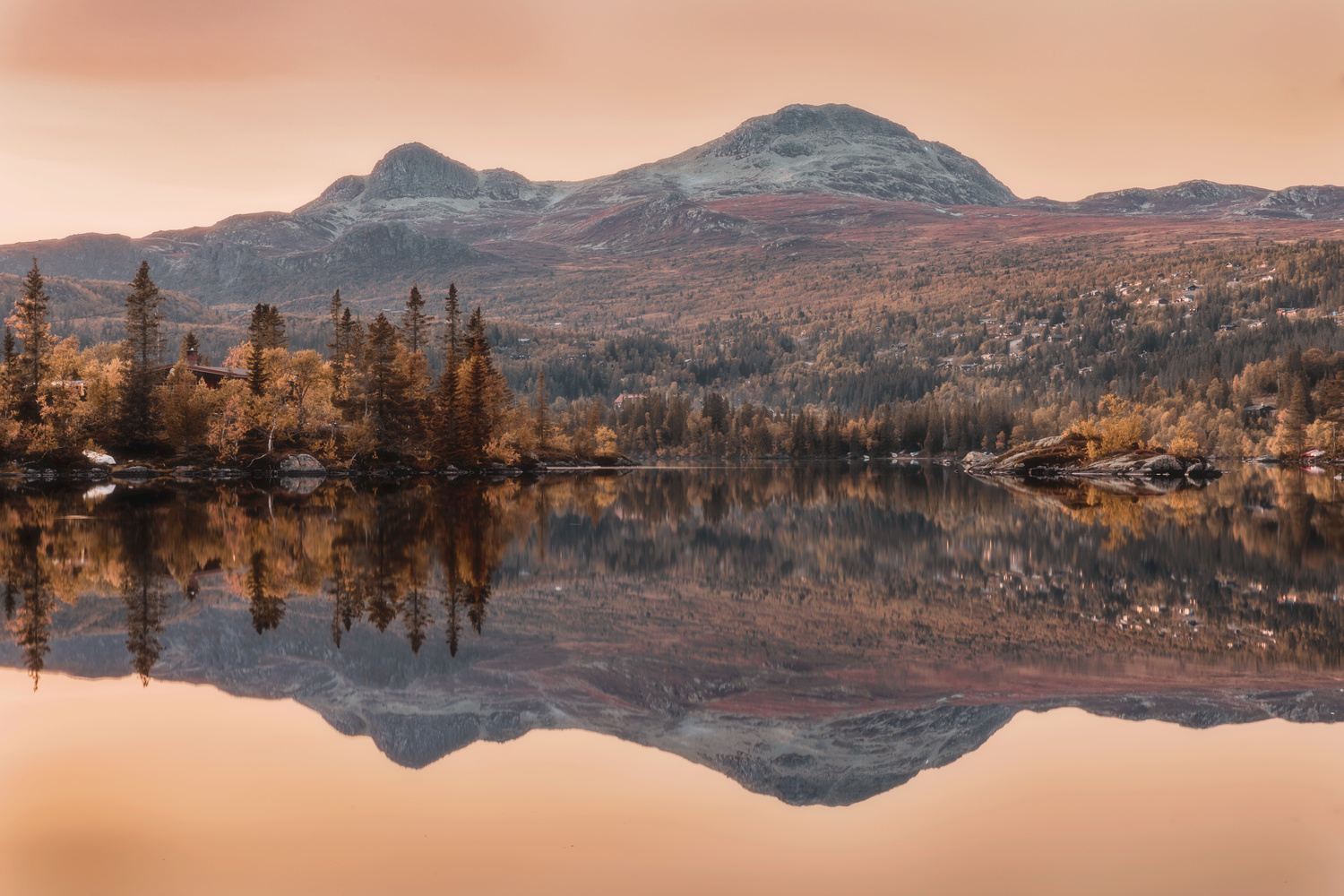 Autumn reflections by Allan Aasland