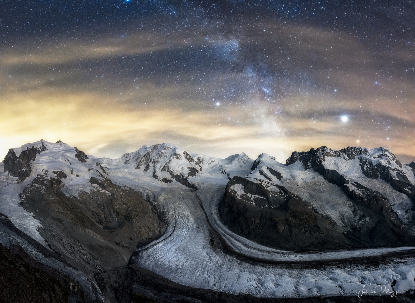 A Night at 3000m by Fabrice Petruzzi
